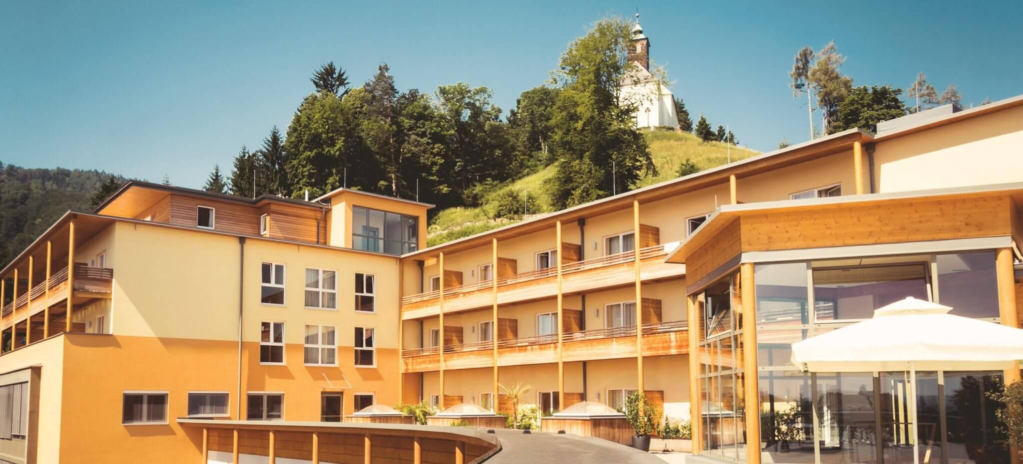 Hausansicht des Kur- und Gesundheitshotels Heilmoorbad Schwanberg