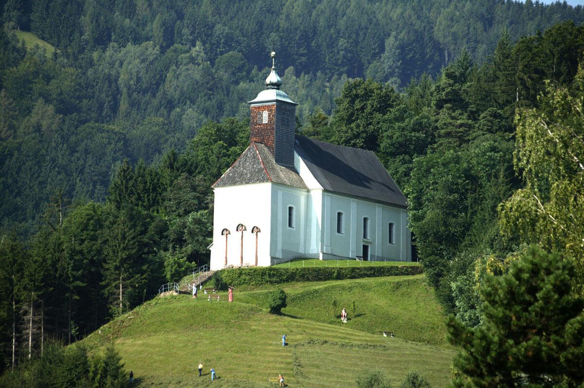 Ansicht der Josefikirche von Schwanberg