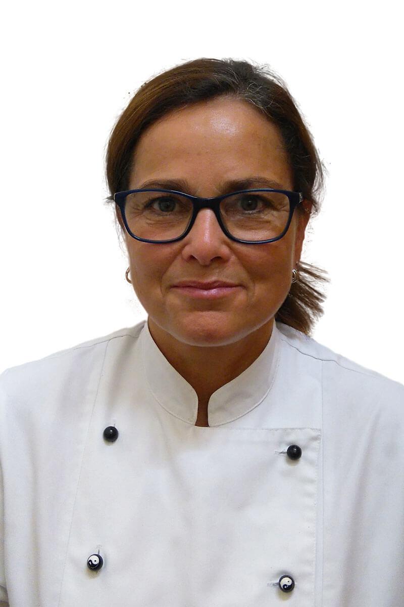 leitende Mitarbeiterin des Küchenteams im Kur- und Gesundheitshotel Heilmoorbad Schwanberg